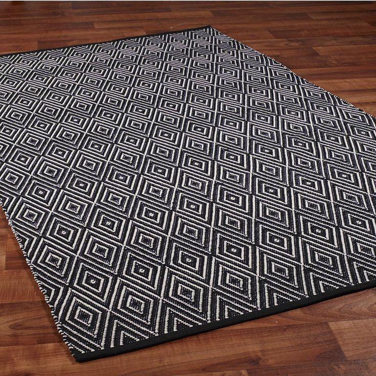 Concentric Diamond Indoor/Outdoor Rug