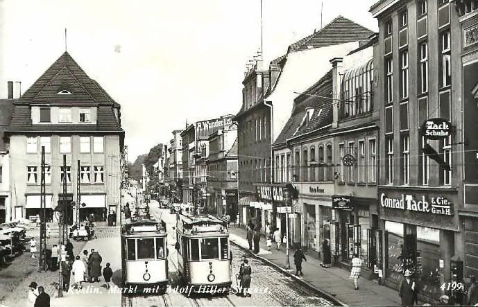 http://piotr.redblog.gk24.pl/files/2008/04/1935-07-16-koslin-markt-mit-adolf-hitler-strasse.jpg