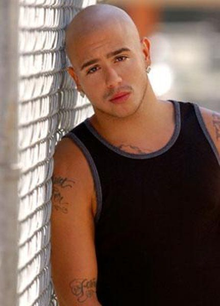 Francis Capra as Eli Weevil Navarro on Veronica Mars pic - Veronica Mars picture #9 of 14