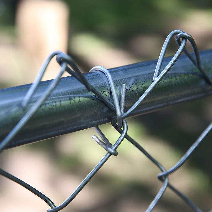 Add Fence Ties To Fabric Chain Link Fence Fence Installation