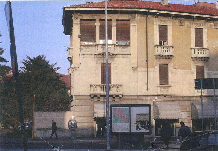 Foto storica - prima dell' intervento di ricostruzione dell'edificio