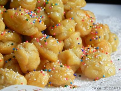 Cookies Kitchens: Pignolata! Italian Christmas Sweets (Not Made From Pigs)!