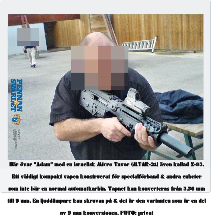 """""""Adam"""" om utbildningen: – Den är fortlöpande. Träningen är intensiv/dynamisk för att efterlikna olika situationer. Vi skjuter med alla olika typer av vapen, även om vi är tilldelade Glock 19/automatkarbiner modell Heckler & Koch (HK) G36/kpistar HK MP5 PDW/hagelgevär. Svensken har en gedigen bakgrund inom polis/Försvarsmakt. Personer som är oerfarna inom säkerhetsbranschen har ingen chans."""