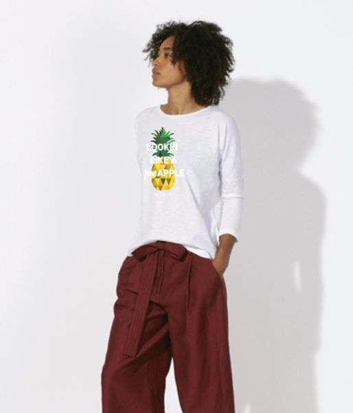 Heyyyy,Fineapple🍍❤ You lookin' like a pineapple. No wait, a fineapple.  100% Organic Cotton Dropshoulder Loose TShirt. Designed and printed in Barcelona