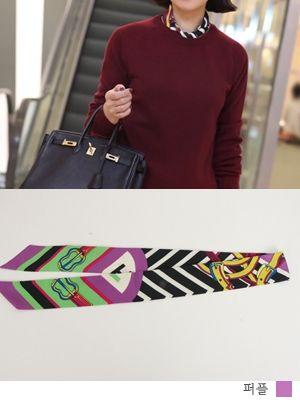 korean fashion online store [COCOBLACK] H at Willie scarf / Size : FREE / Price : 12.60 USD #korea #fashion #style #fashionshop #cocoblack #missyfashion #missy #acc #scarf