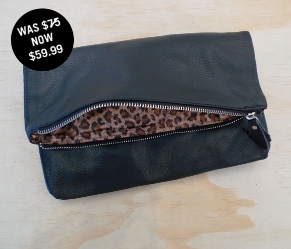 Black Leather Clutch: Fashion Beautiful, Leopards Clutches, Black Leather, Leather Clutches, Clutches Addiction, Animal Prints, Bags Lady, Leopards Interiors, While