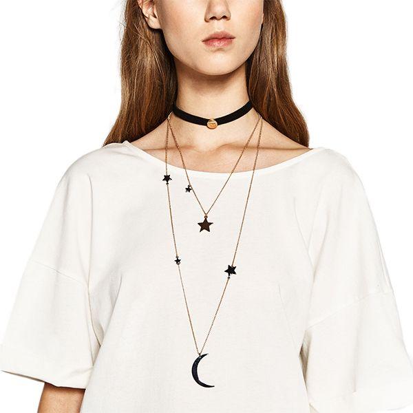 Minimalistes ou bohémiens (bonjour choker!), les bijoux de l'automne sont les stars de la saison.
