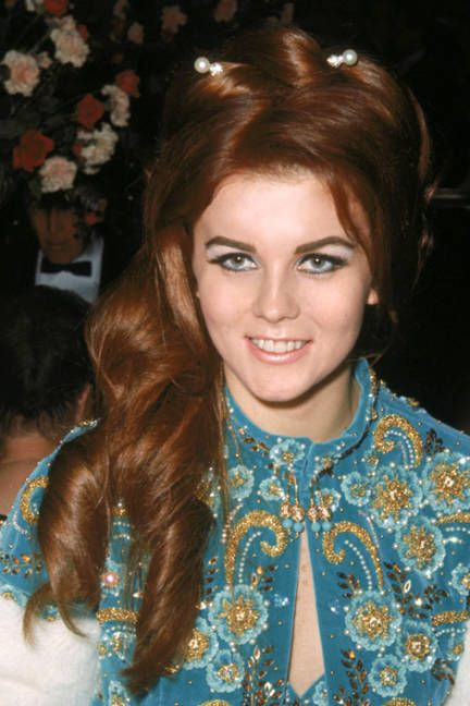Ann-Margret 1965 Oscars... hair! eyes!
