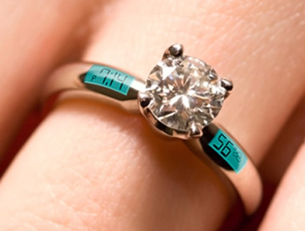Digital Engagement Ring - Tells time and temperature.: Things Ideas, Rings Sets, Models Engagement, Funny Stuff, Clever Ideas, Wedding Rings, Rings Models, Digital Engagement, Diamonds Engagement Rings
