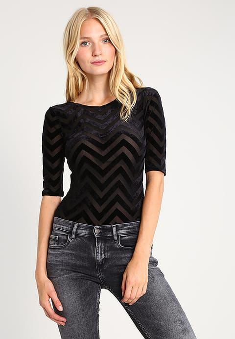 VMJENNY - T-shirt imprimé - black - ZALANDO.FR