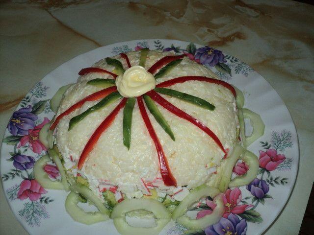 Molde de arroz frio relleno: Ideal para días calurosos, un molde de arroz frío que junto a ensaladas constituye una comida y cena completa, sana, diferente y sabrosa.