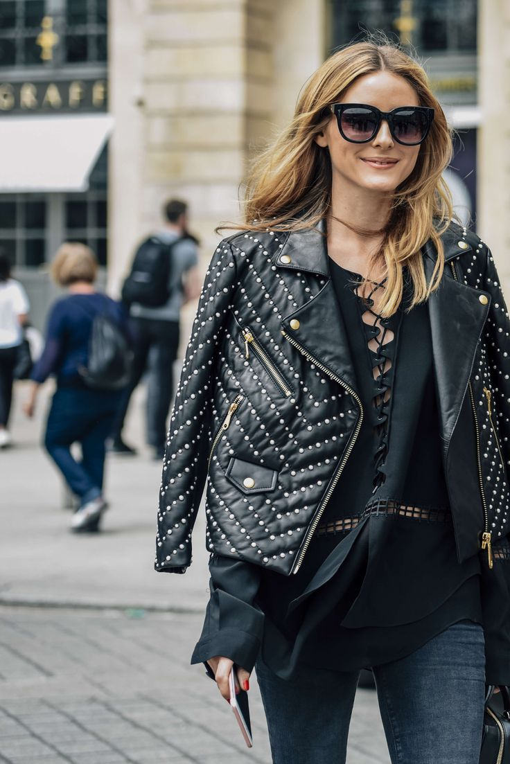 July 5, 2016  Tags Black, Sunglasses, Paris, Studded, Jeans, Olivia Palermo, Women, Grey, Monochromatic, Leather Jackets, Jackets, Blouses, 1 Person, Quilted, FW16 Women's Couture