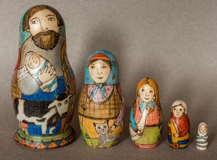 A Father and Mother with Children themed matreshka is the classics! On the main doll you can see the images of all 5 pieces. Opening the dolls in turn you will get a mam and 3 children from the eldest to the baby one. Suitable for 1year +. An excellent present from Russia! The biggest doll is 15cm/6 tall.