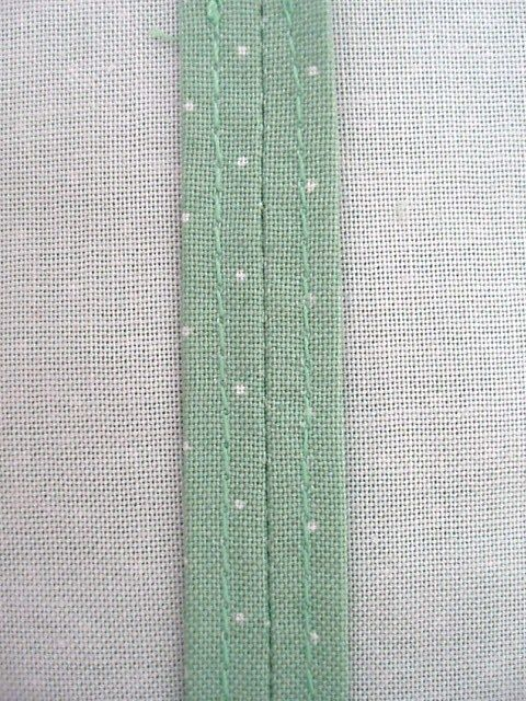 straight stitch seam finishing tutorial-I've always done french seams, but these leave less bulk  to sew thru.