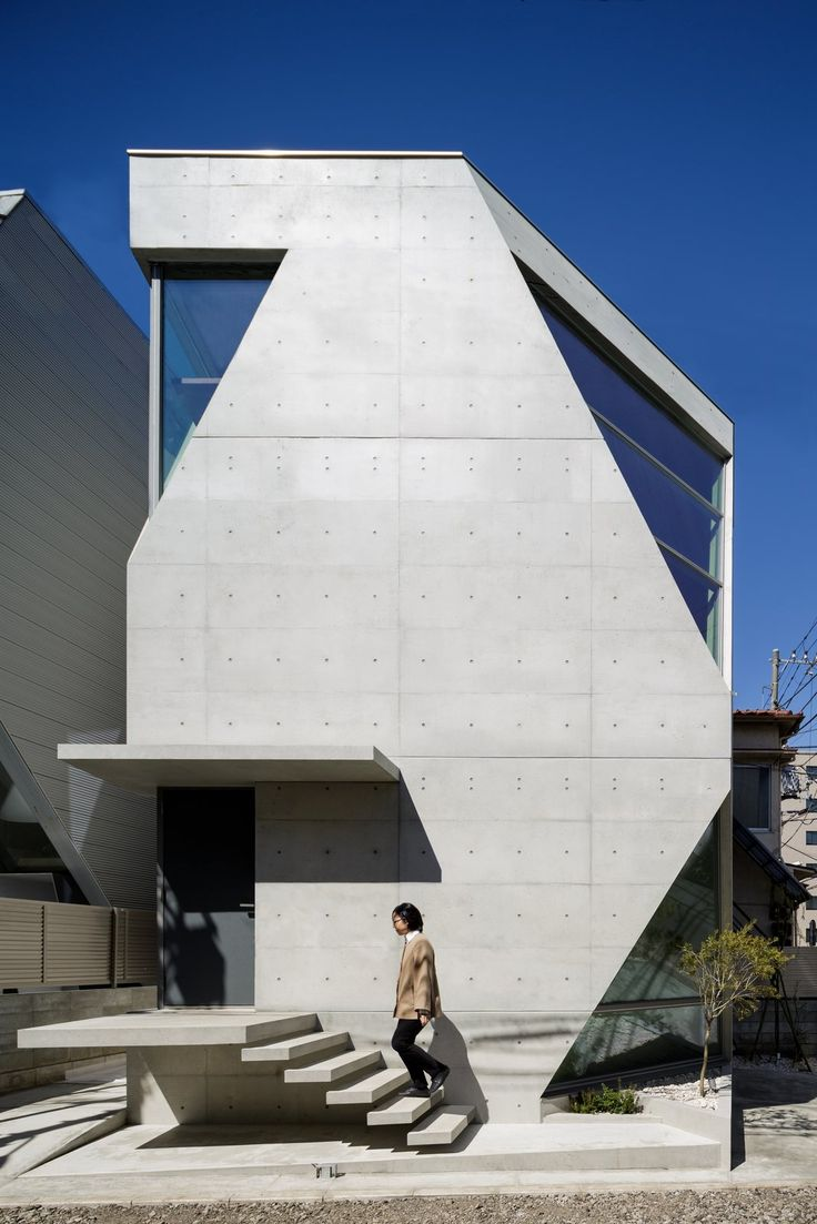 A Concrete Micro-House in Japan Works All the Angles - Photo 1 of 15 -