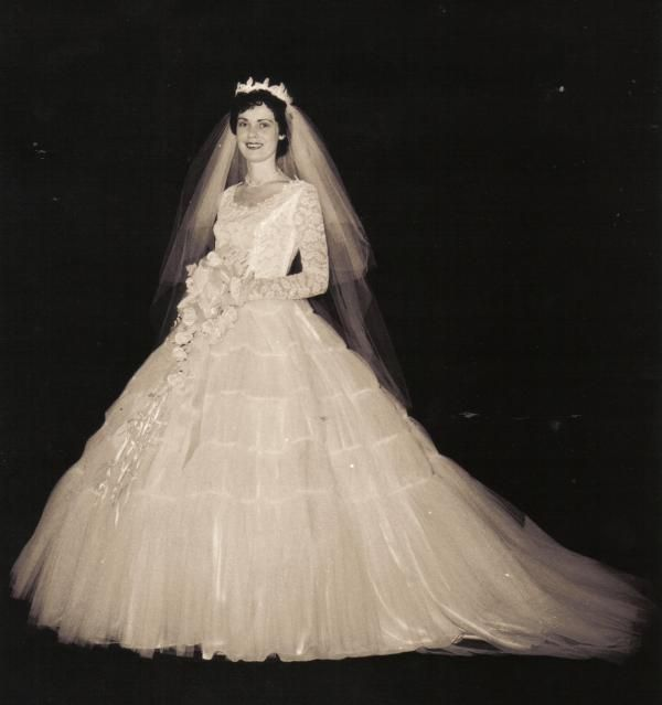 Vintage Wedding Dresses Boston: 219 Best Images About 1950's Wedding Gowns On Pinterest