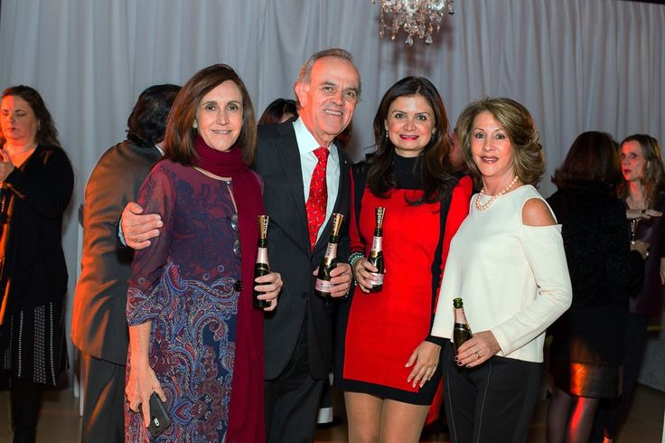 Isabel Azpiri, Guillermo Valencia, Natalia Zarate e Ines Valencia
