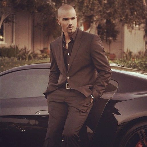 """Shemar Moore-to see him """"up close and personal"""" well count me and put me at the front of the line people!"""