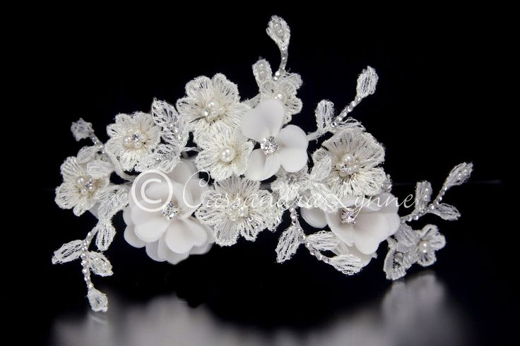 Boho Lace Flowers Bridal Hair Clip
