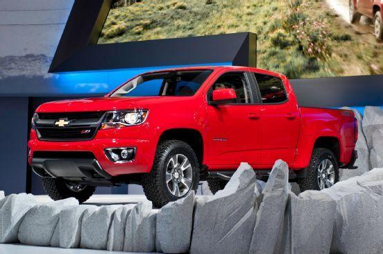 2015 Chevrolet Colorado First Look - Motor Trend