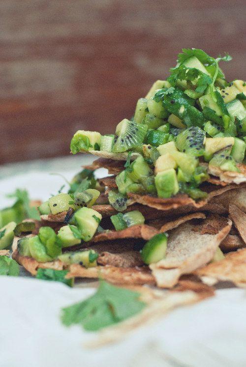 Charred Jalapeño, Kiwi & Cucumber Salsa / The Gouda Life #summereats