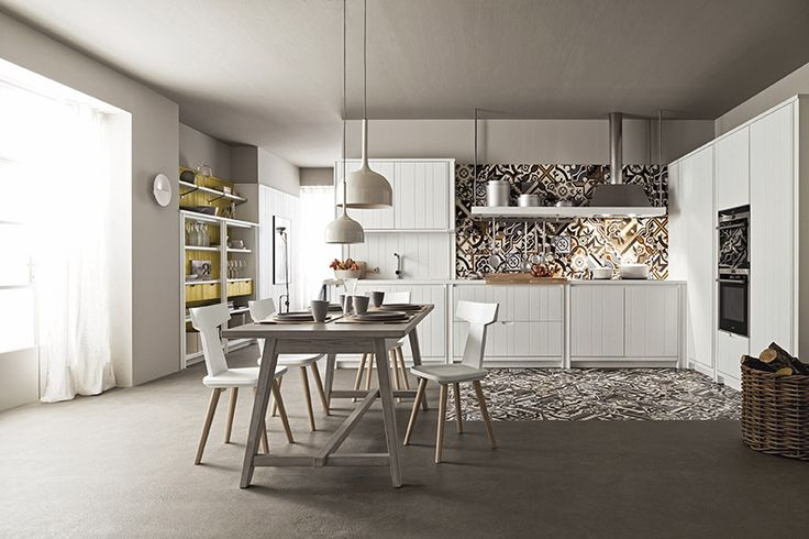 Cucina Maestrale in abete gesso di Scandola Mobili. / Maestrale kitchen in spruce with chalk finish by Scandola Mobili.  #Maestrale #Scandola #kitchen #cucine