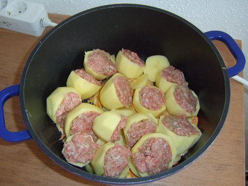 Картофель фаршированный мясом фото