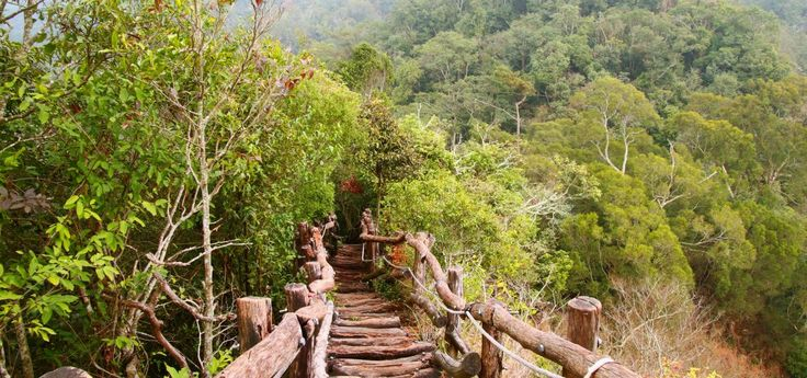 Dakeng Scenic Trails – Staircases to the sky