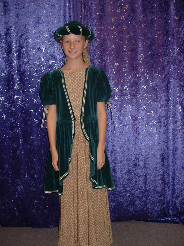 Maid Marion / Medieval Maiden size 12-14