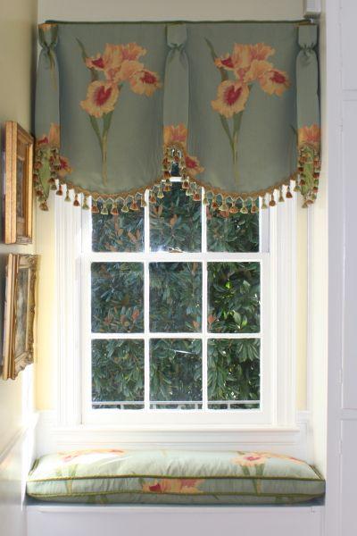 laughlin breakfast goblet pleat soft cornice window