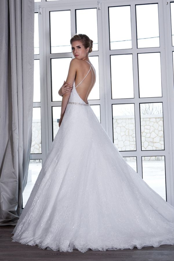 http://costantino.gr/wedding-dresses/dream-collection/dream-collection-2/marita