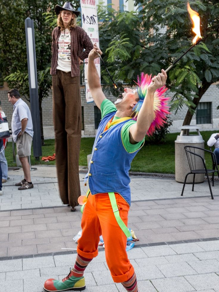Fire-eater at MCS Store opening, WestEnd City Center Budapest