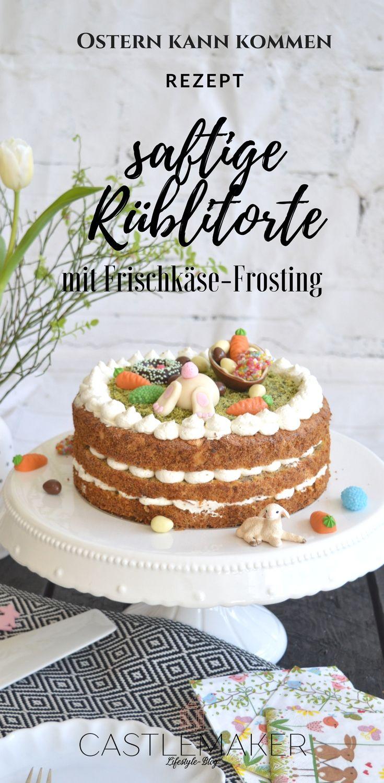 So lecker und perfekt für Ostern: Rüblitorte mit Frischkäse-Frosting. Der saftige Karottenkuchen ist einfach zu machen und schmeckt mit der leichten Creme aus Skyr und Rama Cremefine mit Zitronenhauch besonders lecker. Die Creme ist fettarm. Die süße Motivtorte für Ostern ist auch für Anfänger geeignet. #ostertorte #rüblitorte #rezept #ostern