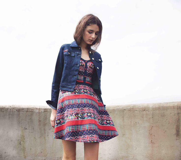 Dress Emma IDR 449.500,- Jacket denim Anna IDR 549.500,-