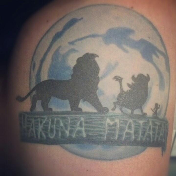 hakuna matata lion king tattoo tattoos pinterest. Black Bedroom Furniture Sets. Home Design Ideas