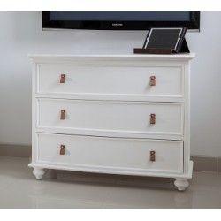 Classy dresser http://livinginstyle.dk/
