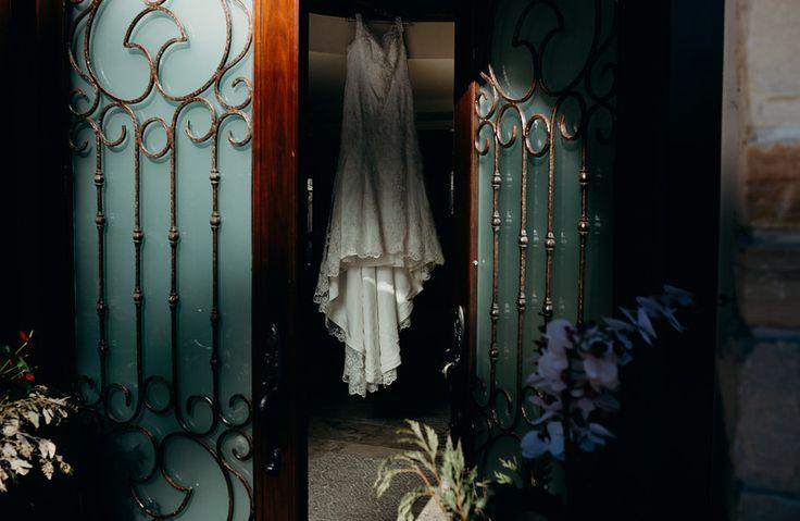 #labenesewedding #torontoweddingphotographer #luxurywedding #whitedress #bridalgown
