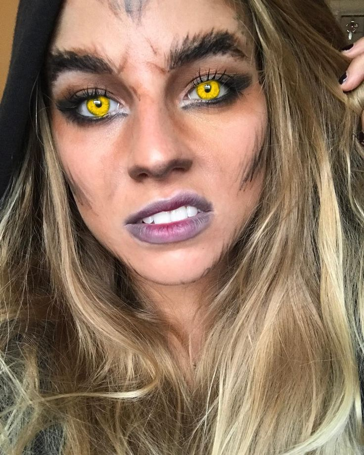 31 Days of Halloween Makeup: Day 1 @amanda_fxmu . . . . . . . . . #makeup #halloween #halloweenmakeup #werewolf #sfx #fx #costume #halloweencostume