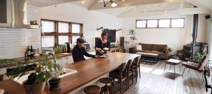 大阪の家具店、『TRUCK』のソファを気に入っていて、このソファのイメージを柱にして家の設計を考えていきました。