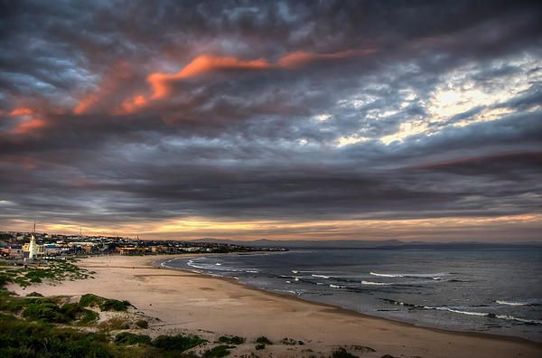 Jeffrey's Bay - South Africa by Bevan Langley