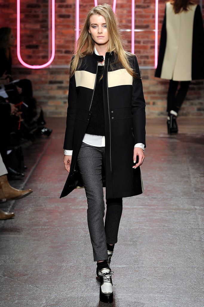 DKNY Fall 2011 Ready-to-Wear Collection Photos - Vogue