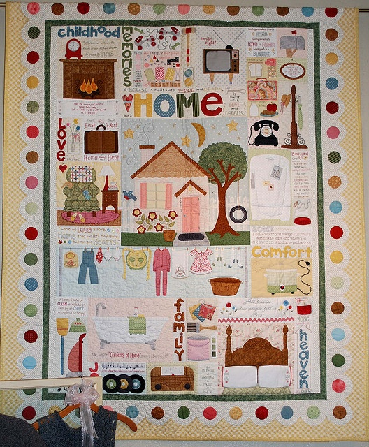 Lori Holt Comforts of Home Quilt by pipersquilts, via Flickr HOUSE QUILTS 1 Pinterest ...