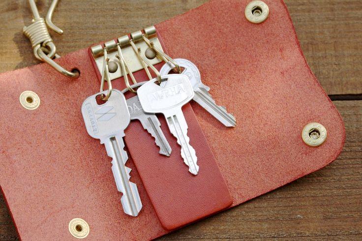 フック付き革製キーケース | 革小物のDURAM FACTORY