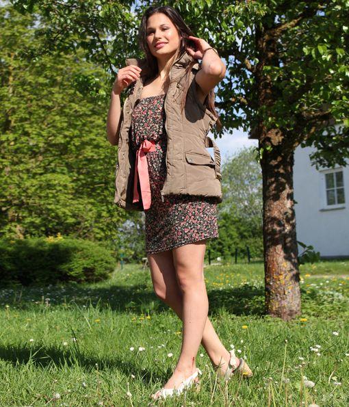 #Fashion: Dress #Otto, vest #Primark