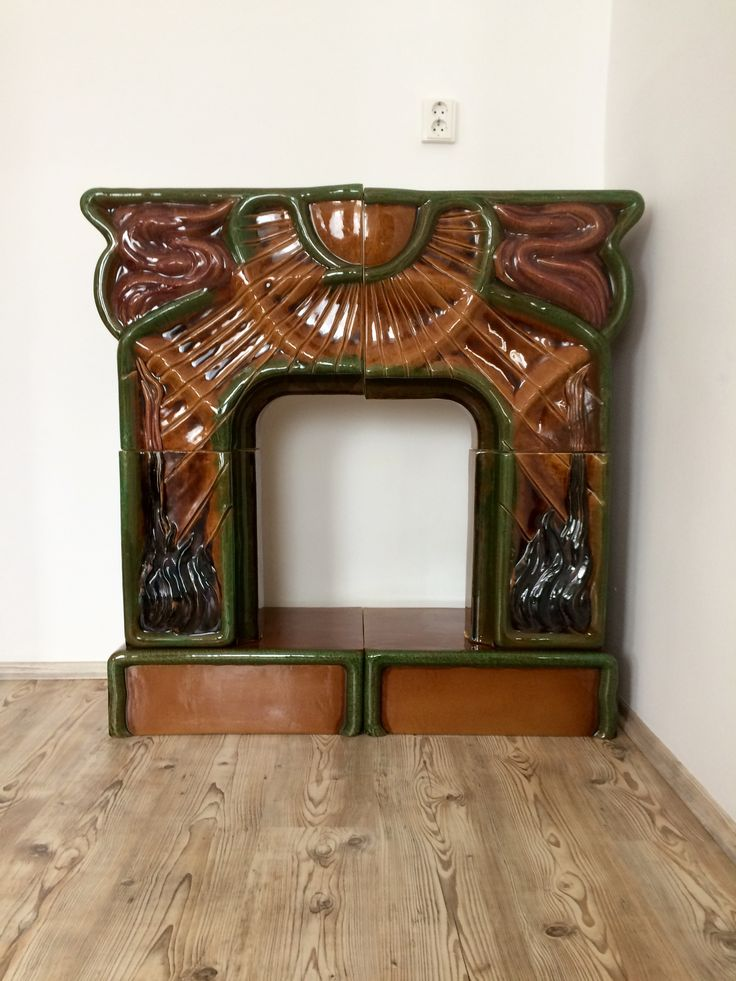 Zsolnay secession mantel