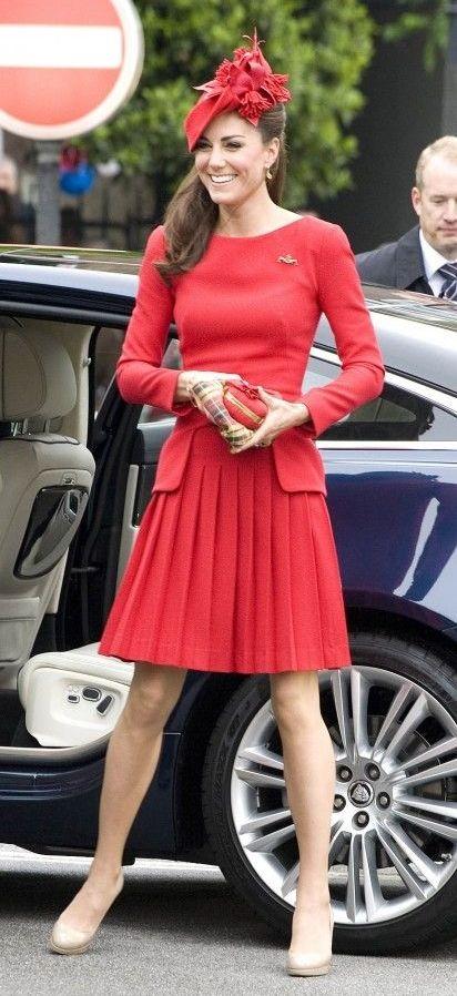"KATE MIDDLETON   "" DUCHESS OF CAMBRIDGE "" https://en.wikipedia.org/wiki/Catherine._Duchess_of_Cambridge"