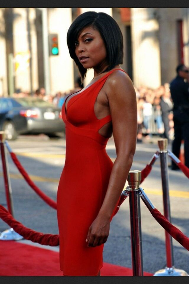 Taraji waist. Tummy | Beautiful black women, Black
