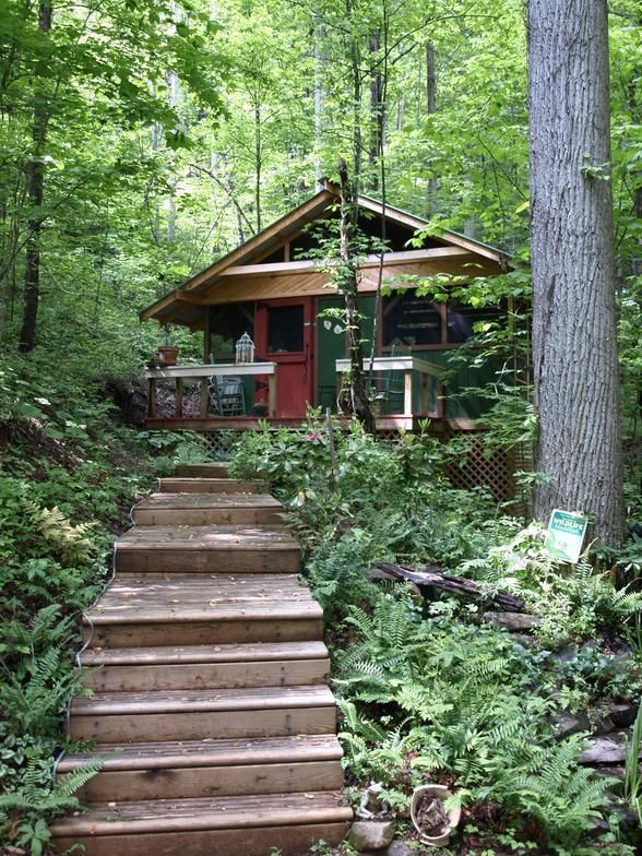 Glamping Getaway – Firefly Glamping in the Smokey Mountains, North Carolina, USA.  #glamping #cabin