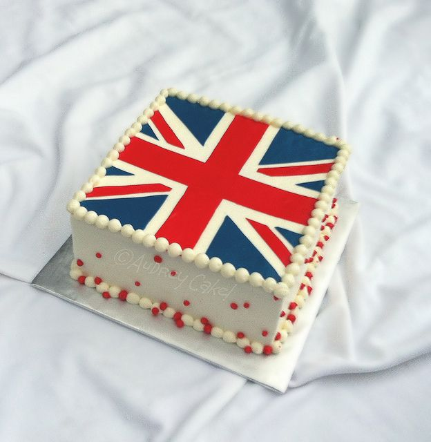 British Flag Cake by The Cake Chic, via Flickr