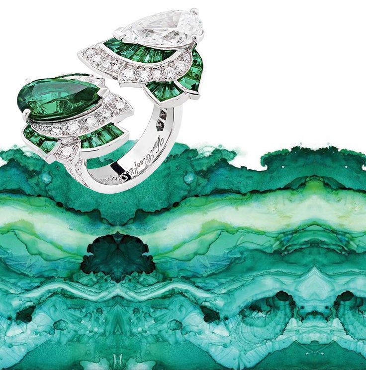Emerald City: Van Cleef & Arpels Seeing Green in Geneva
